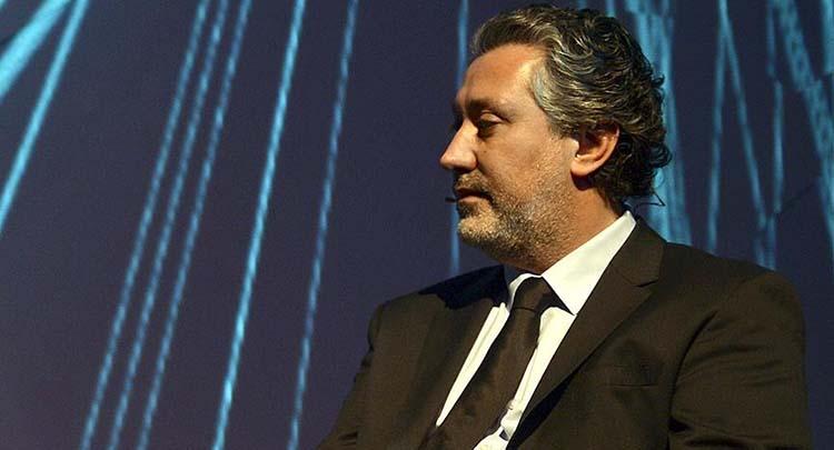 Cumhuriyet gazetesi Genel Yayın Yönetmeni Murat Sabuncu gözaltına alındı