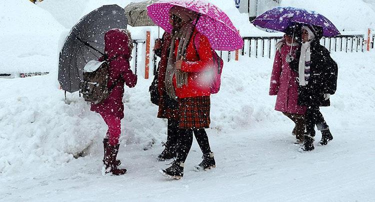 Eğitime ilk kar engeli