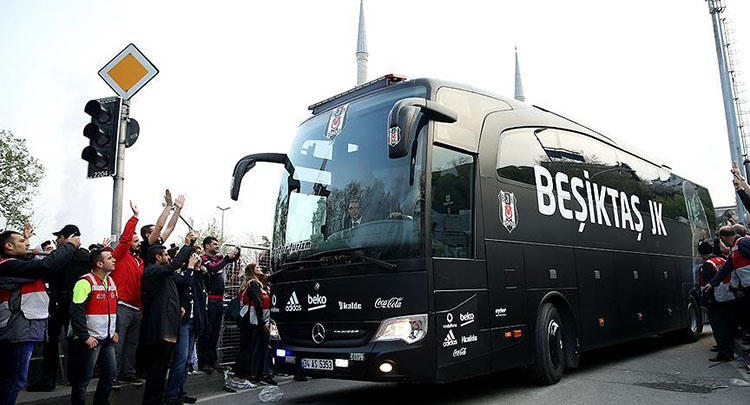 Beşiktaş'a taraftar morali