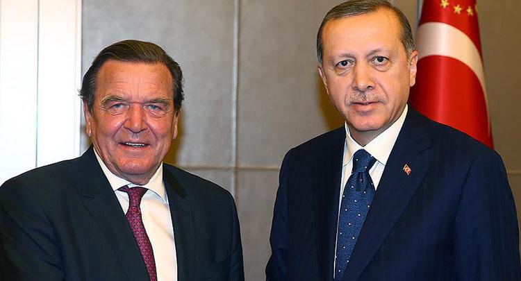 Cumhurbaşkanı Erdoğan Schröder'i kabul etti