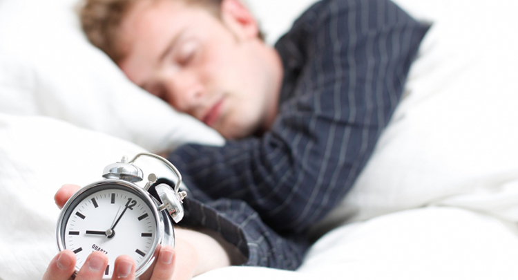 5 saatten az uyumak alkol kadar tehlikeli