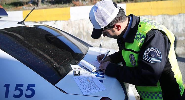 İstanbul'da günde 6 bin sürücüye trafik cezası kesildi
