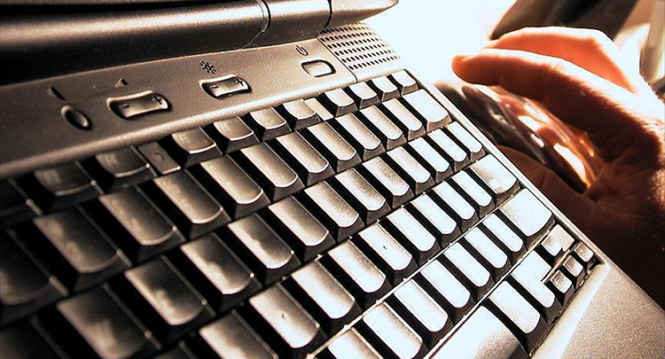 'Siber polisler' terör propagandasına göz açtırmıyor