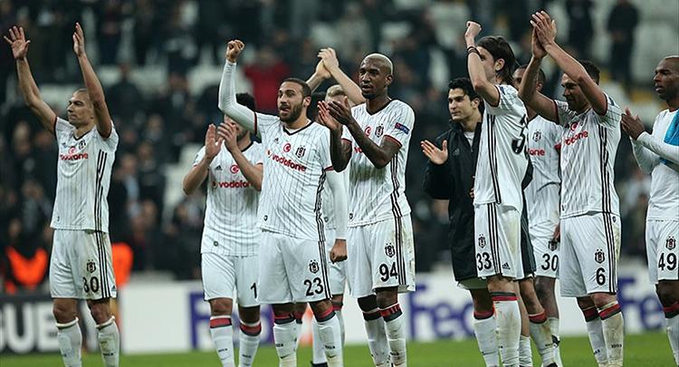 Beşiktaş, UEFA Avrupa Ligi'nde Olympiakos ile eşleşti