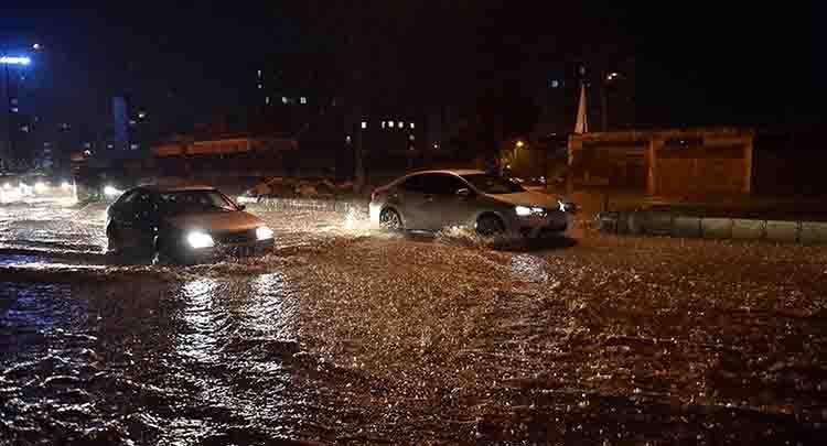 Mersin'de eğitime 'şiddetli yağış' engeli