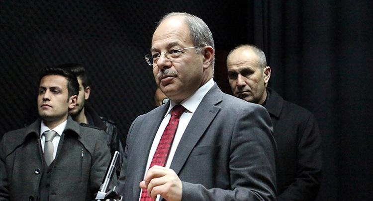Sağlık Bakanı Akdağ: Baykal milletten özür dilesin