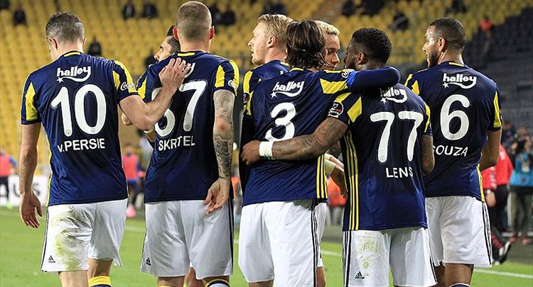 Fenerbahçe 3 golle güldü