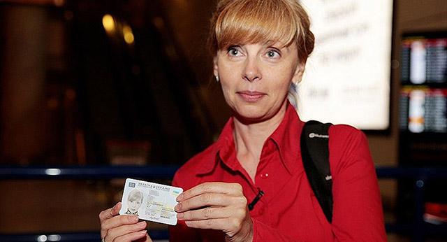 Ukrayna'dan Türkiye'ye kimlik kartıyla seyahat ilk kafile geldi