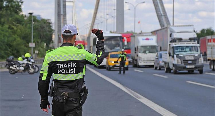 İstanbul'da 15 Temmuz etkinliklerine trafik düzenlemesi