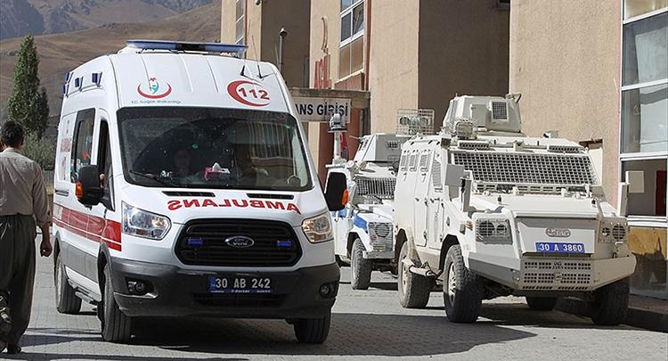 Hakkari'de terör saldırısı: 17 asker yaralı