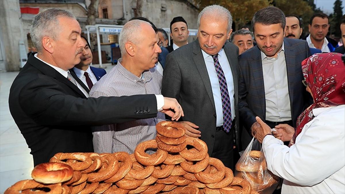 İstanbul Büyükşehir Belediye Başkanı Uysal mesaisine başladı