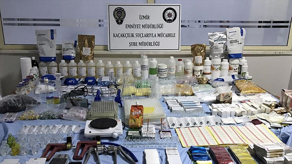 İzmir'de villaya sahte ilaç imalatı operasyonu