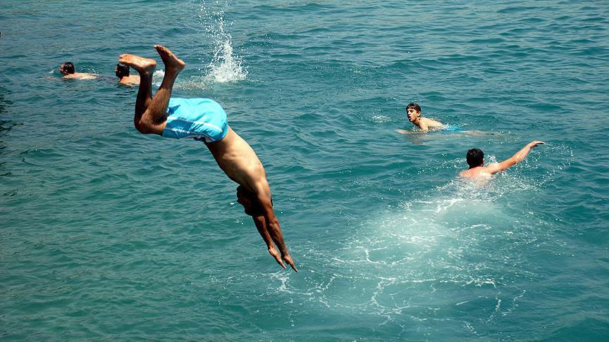 'Sığ suya atlamak riskli olabilir'