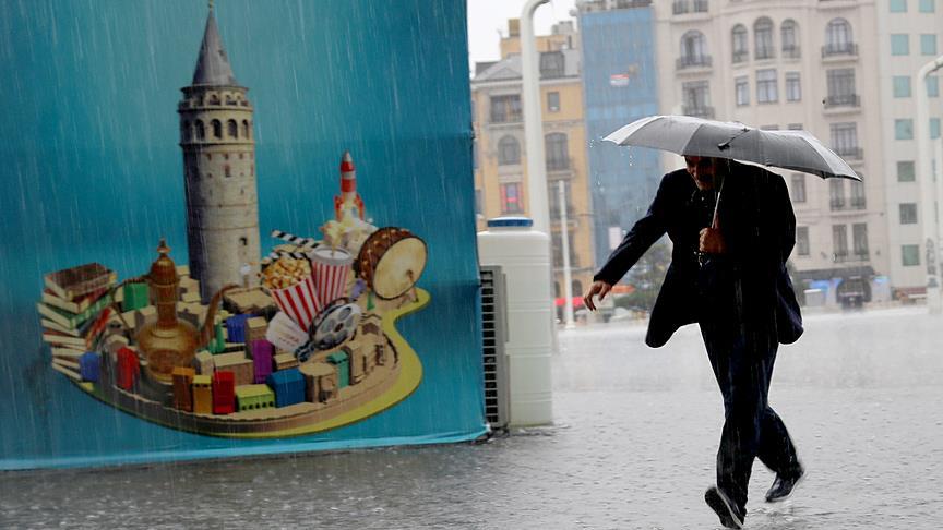 İstanbul'da gök gürültülü sağanak uyarısı