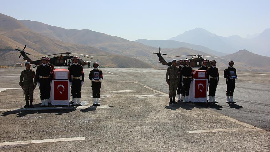 PKK'nın şehit ettiği anne ve bebeği için tören