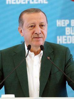'Milletimizi fırsatçıların insafına terk etmeyeceğiz'