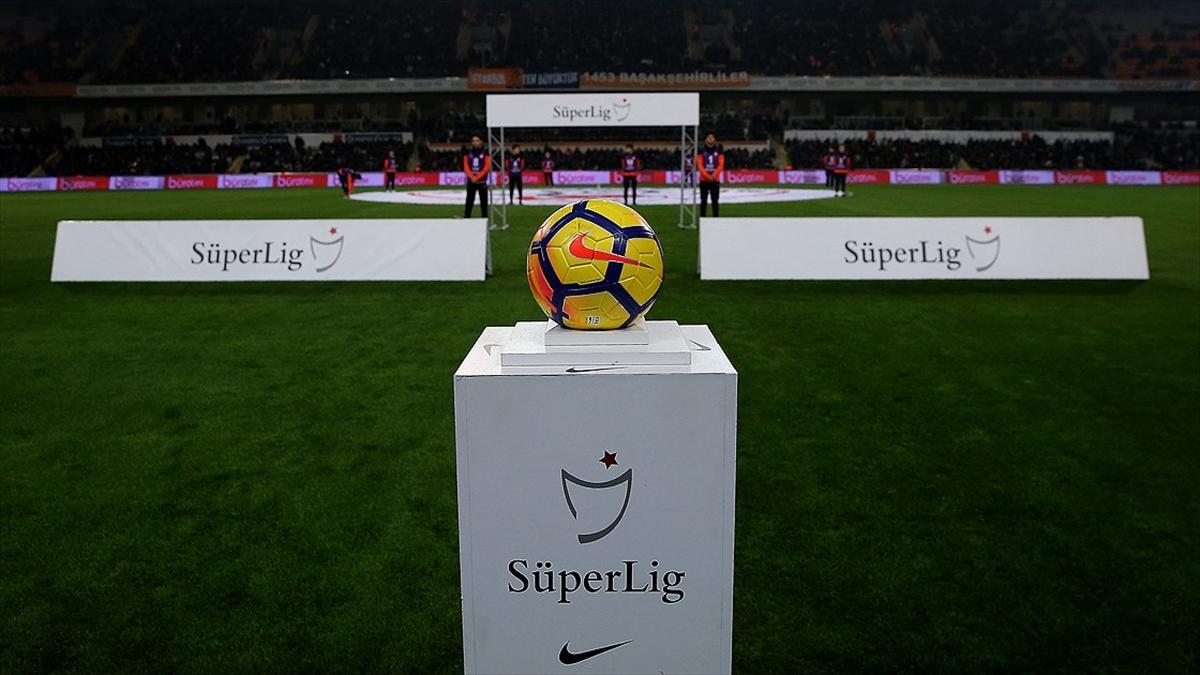 Süper Lig'de Anadolu takımları zirveyi sevdi