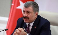 Sağlık Bakanı Koca video konferans yoluyla Kovid-19 hastalarının tedavi süreci hakkında bilgi aldı