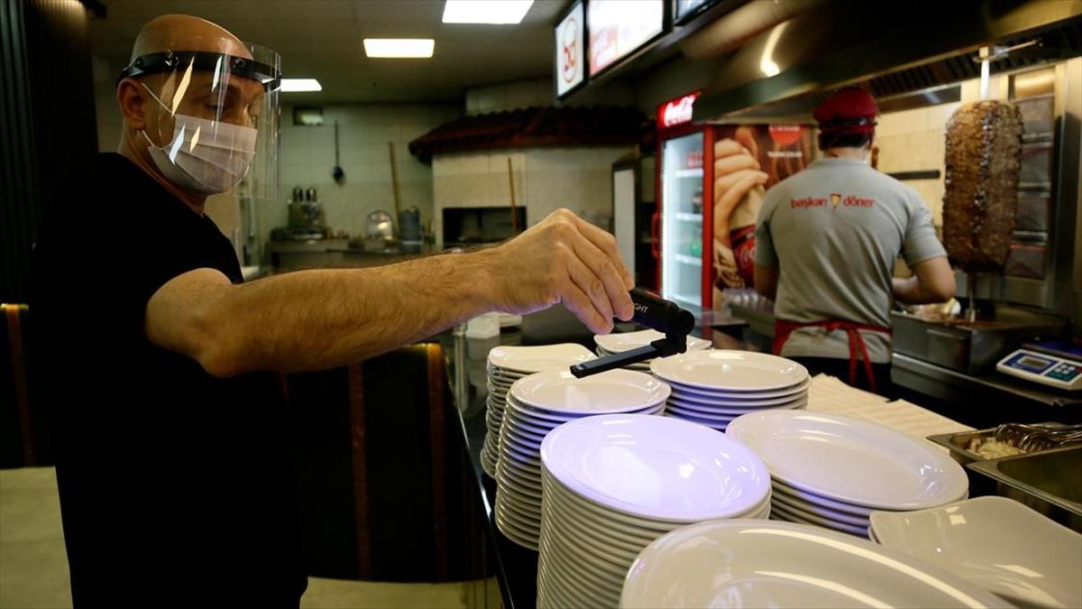 Lokantalar ultraviyole ışıkla temizlenecek