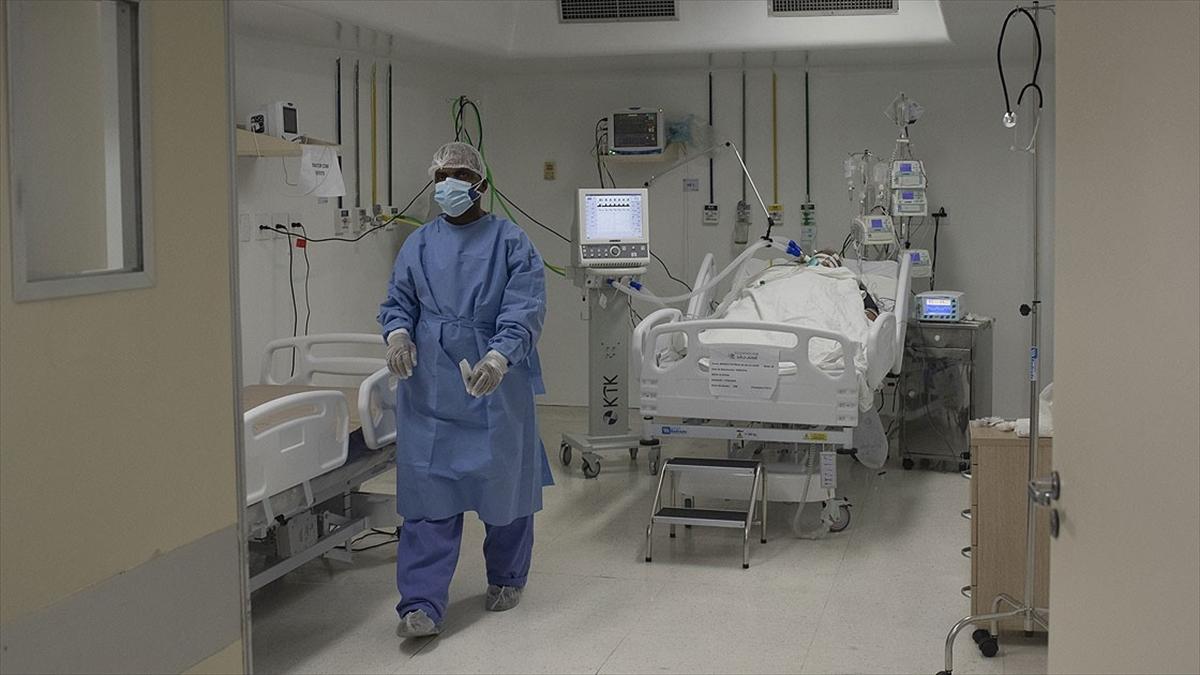 Dünya genelinde tedavisi süren Kovid-19 hasta sayısı 3,5 milyonu aştı
