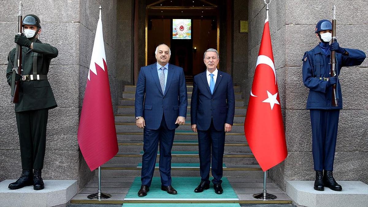 Milli Savunma Bakanı Akar Katarlı mevkidaşı ile görüştü