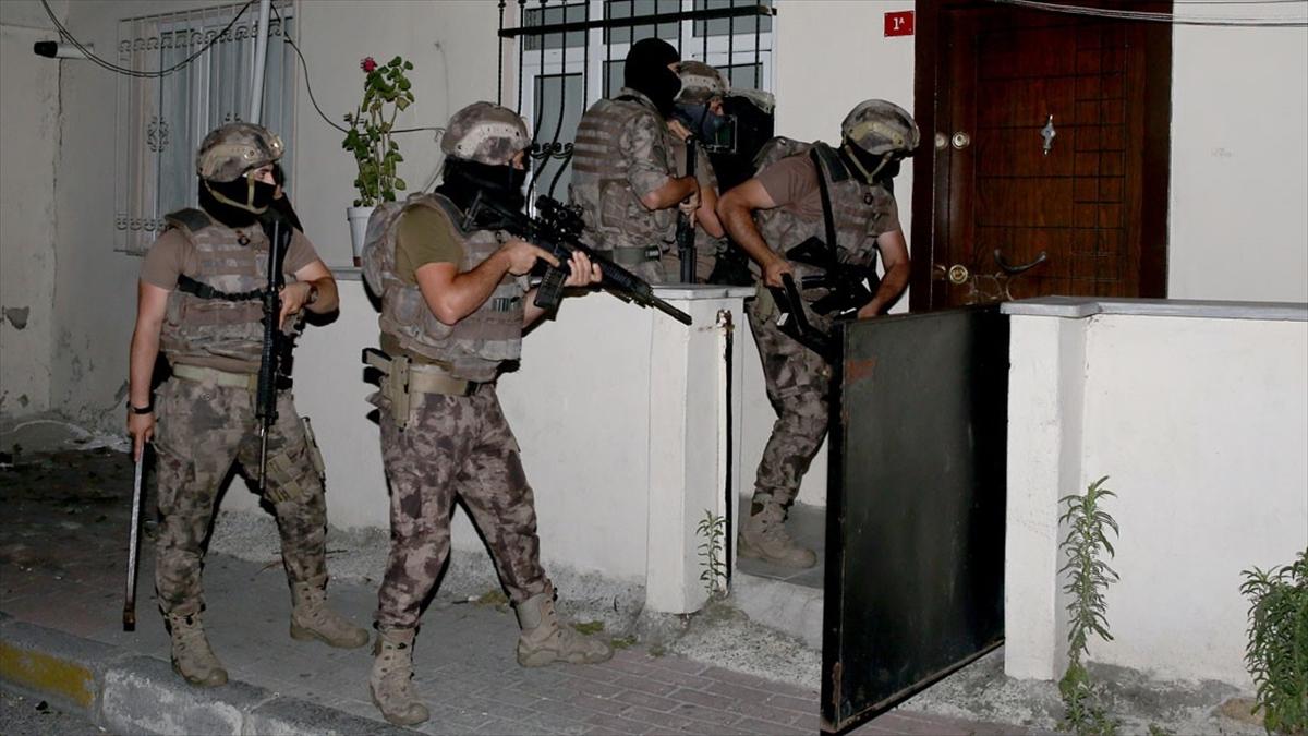 Yurt genelinde son bir haftada uyuşturucu operasyonlarında 2 bin 668 şüpheli yakalandı