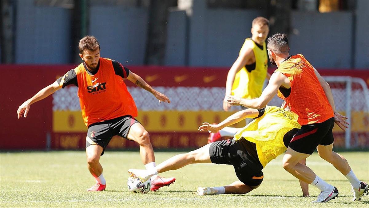 Galatasaray'ın UEFA Avrupa Ligi'ndeki rakibi Neftçi oldu