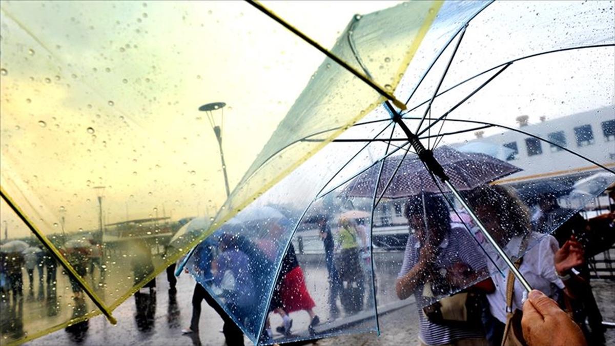 İstanbul'un Anadolu Yakası'nda sağanak ve gök gürültülü sağanak bekleniyor
