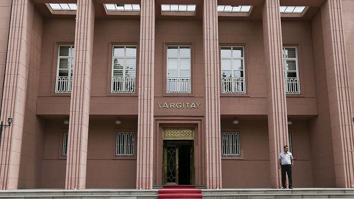 Yargıtay Ceza Genel Kurulu eski HSYK üyesi Mahmut Şen'in hapis cezasını onadı