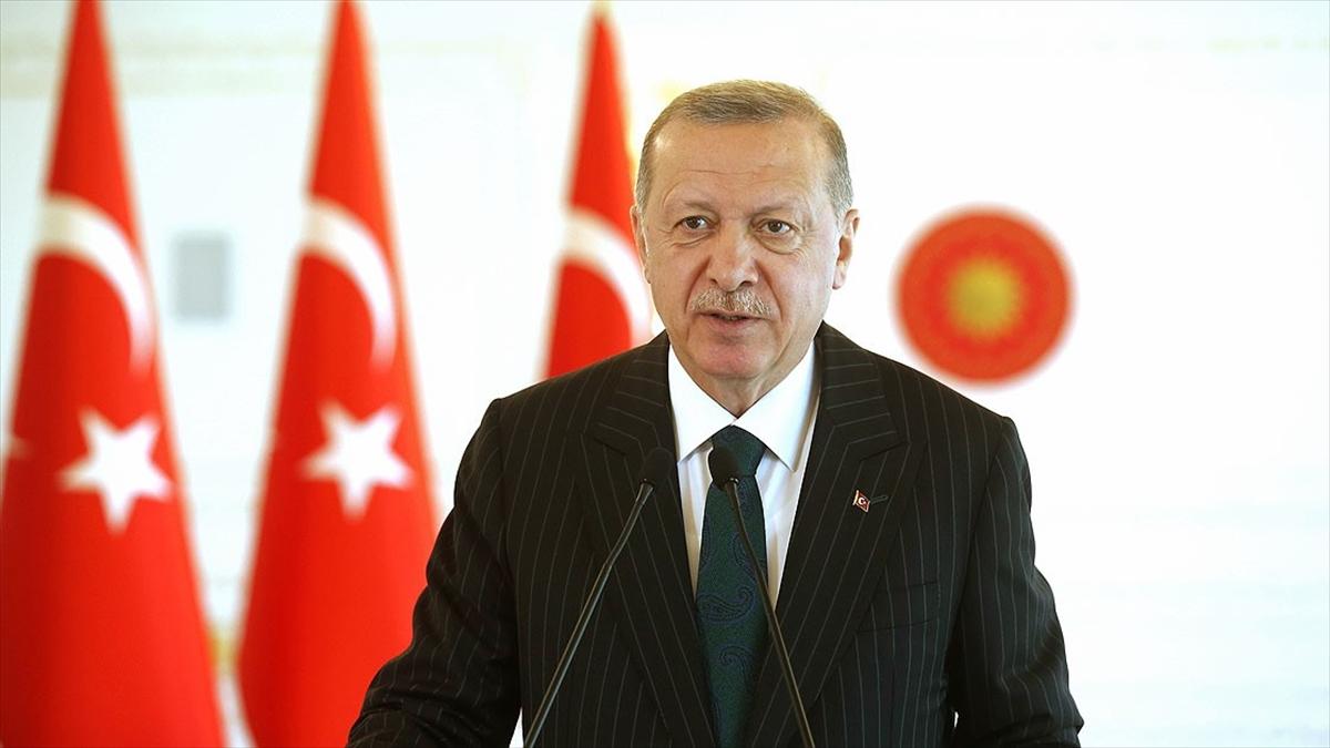 Cumhurbaşkanı Erdoğan: Macron'un başını çektiği girişimlerin gayesi İslam ve Müslümanlarla hesaplaşmaktır