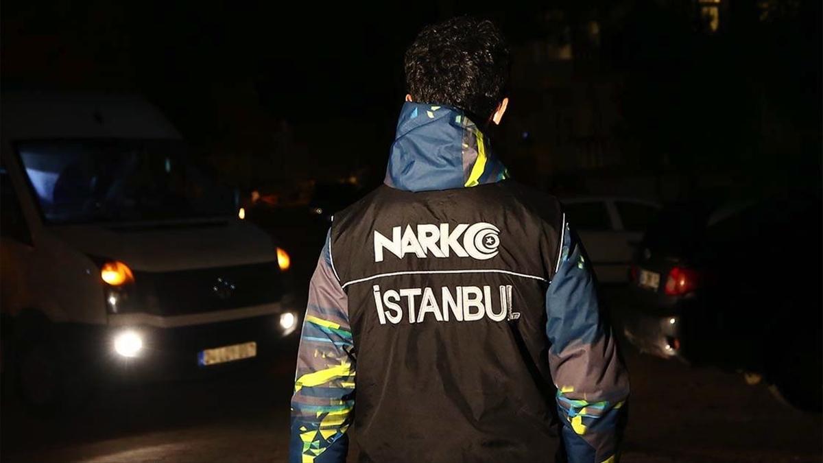İstanbul'da yaklaşık 1 yıl süren takibin ardından düzenlenen uyuşturucu operasyonunda çok sayıda şüpheli yakalandı