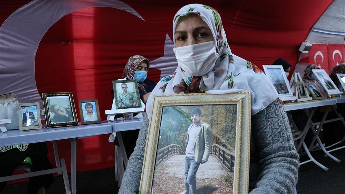 Diyarbakır annelerinden Salim: Oğlumu almadan buradan gitmiyorum