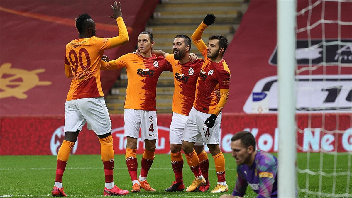 Galatasaray evinde rahat kazandı