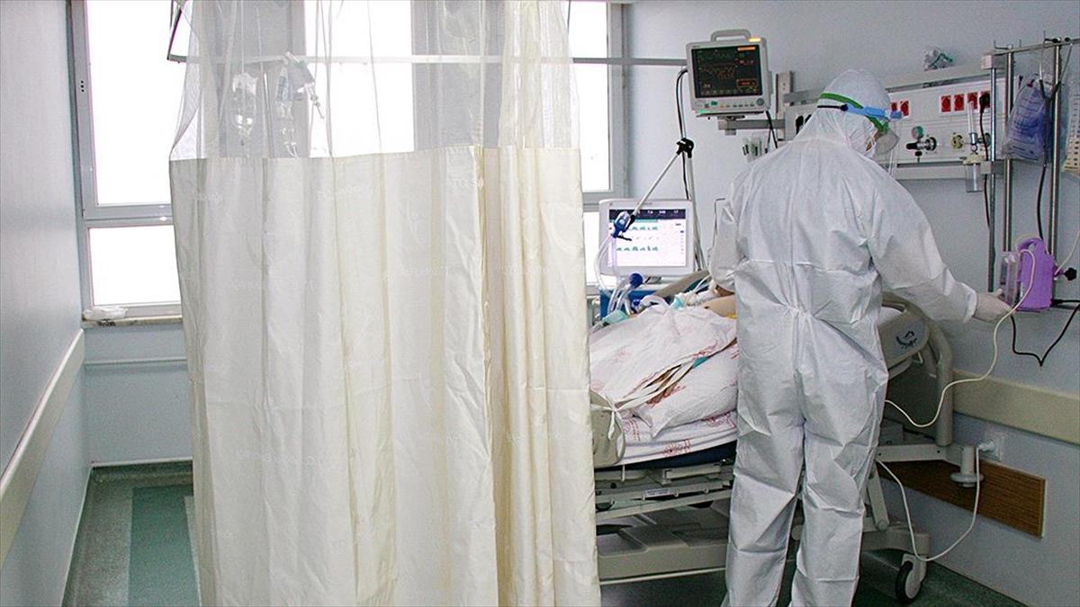 Türkiye'de son 24 saatte 15 bin 197 kişinin testi pozitif çıktı, 257 kişi hayatını kaybetti