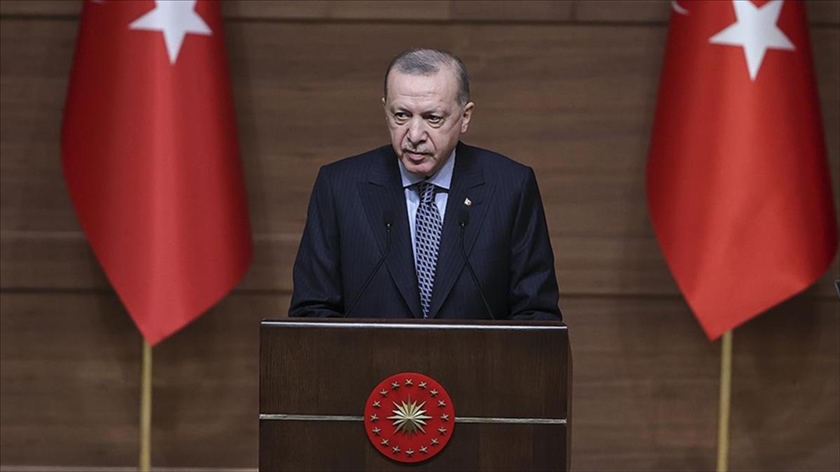 Cumhurbaşkanı Erdoğan: Kendilerini hukukun üzerinde gören sosyal medya şirketlerinin baskılarına boyun eğmeyeceğiz