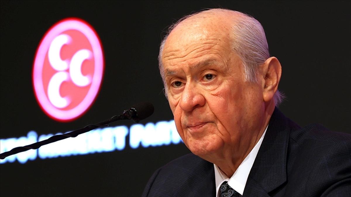 MHP Genel Başkanı Bahçeli: Türkiye'nin yeni bir anayasaya ihtiyacı olduğu açık