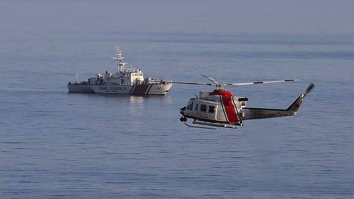 Gökçeada açıklarında batan teknedeki İlçe Jandarma Komutanı Teğmen Musa Bulut'un cansız bedeni bulundu