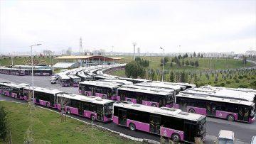 İstanbul'da turkuaz ve erguvan renkli otobüslerin sarıya boyanması ihalesi sonuçlandı