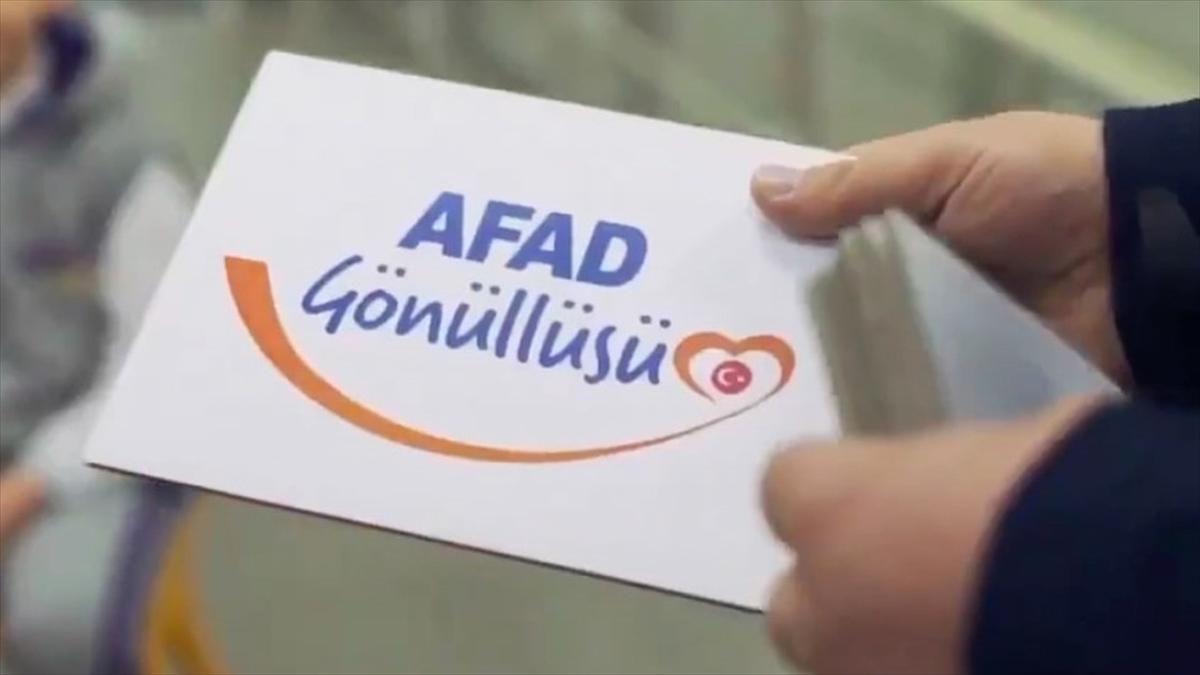 'Temel AFAD gönüllüsü' olma yaşı 18'den 15'e düşürüldü