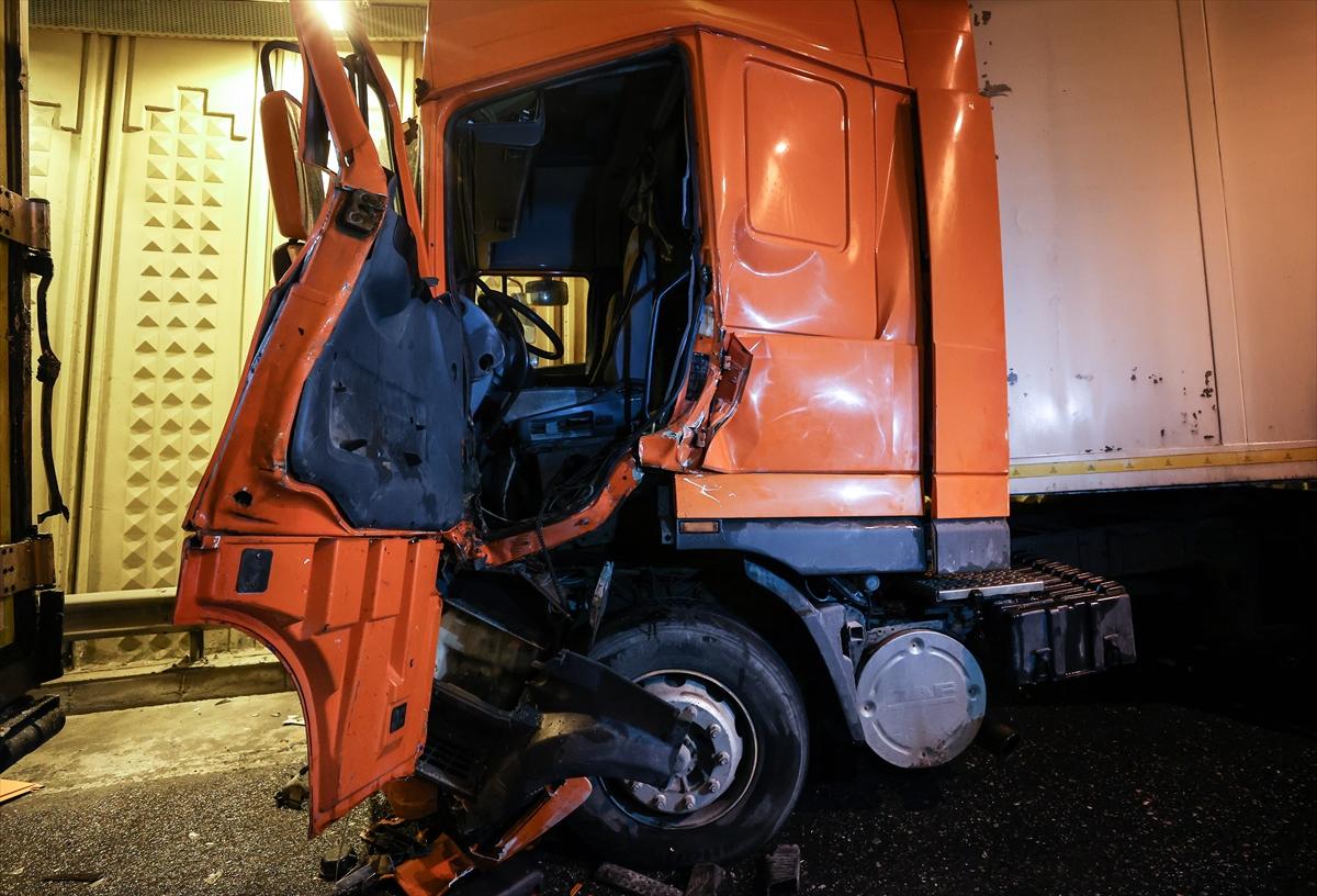 Bayrampaşa'da trafik kazasında 1 kişi yaralandı