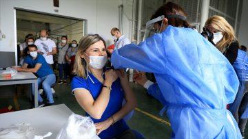 Organize sanayi bölgelerinde mobil aşı uygulanıyor