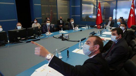 Cumhurbaşkanı Erdoğan, Devlet Bilgi Koordinasyon Merkezi'nde orman yangınlarıyla ilgili toplantıya başkanlık etti