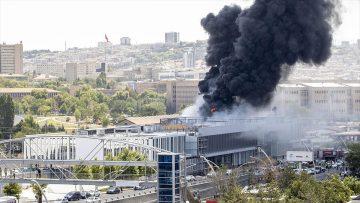 Başkentte özel hastane inşaatında yangın çıktı