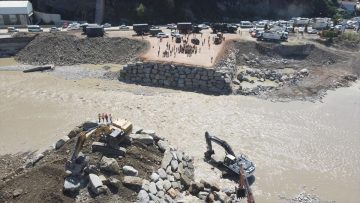 TSK'nin 'Hafif Alaşımlı Sabit Köprü'sü sel felaketinin yaşandığı Ayancık Deresi'ne kuruluyor