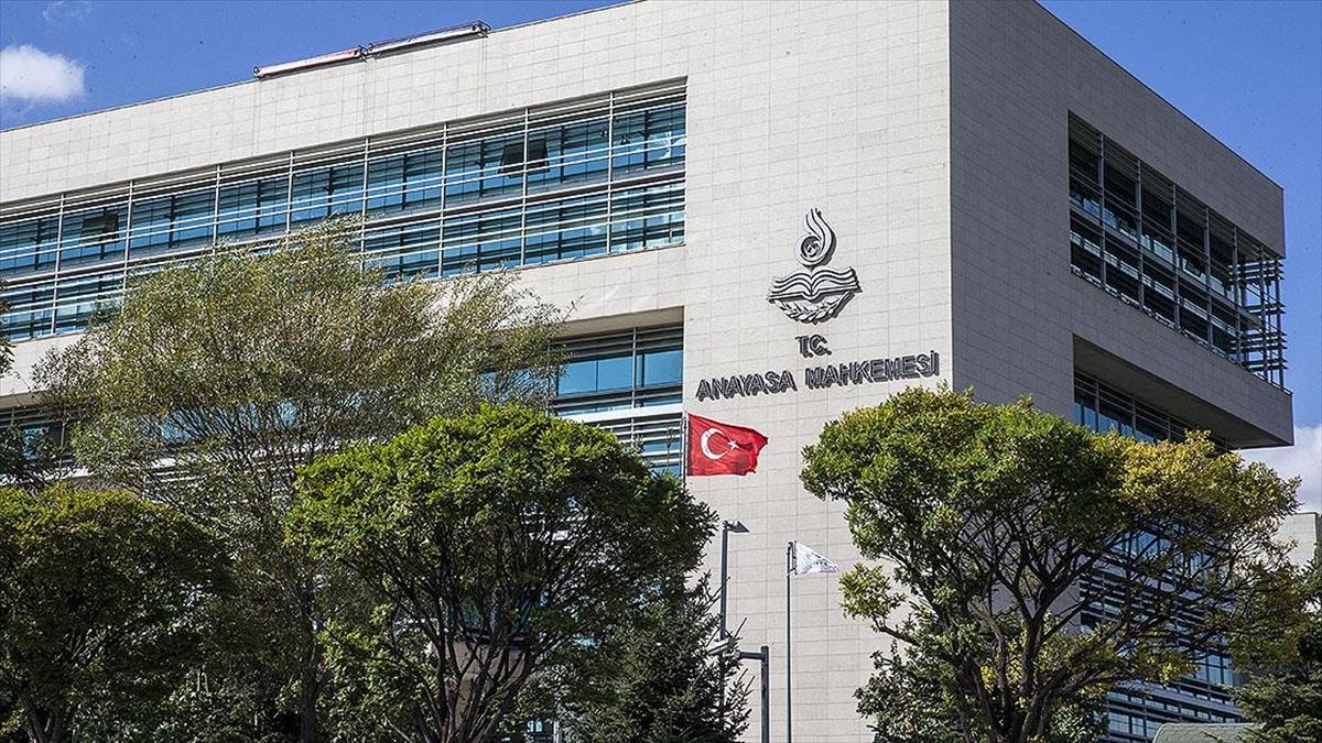 AYM, kapatılması istemiyle açılan davada HDP'nin savunma için ek süre talebini kabul etti