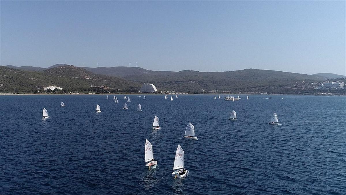 Yelkende 420 Dünya Şampiyonası 2023'te Türkiye'de düzenlenecek
