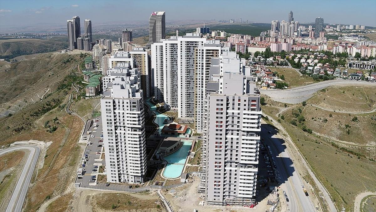 0 yılda yaklaşık 1 milyon 300 bin bina için 'Enerji Kimlik Belgesi' verildi