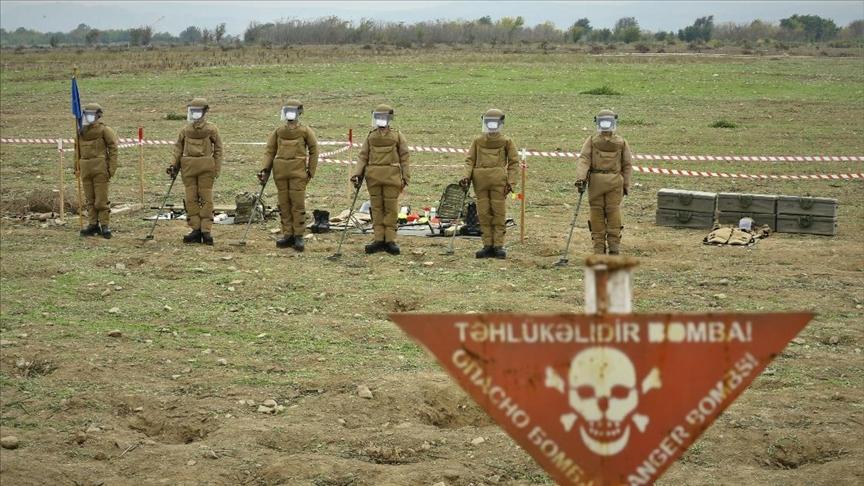 Mehmetçik, Karabağ'daki mayınlı arazilerin temizliği için Azerbaycan'a desteğini sürdürüyor