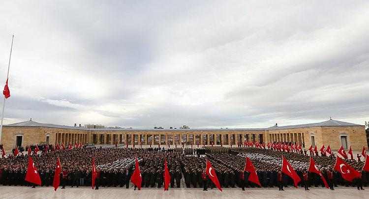 Büyük Önder Atatürk devlet töreniyle anıldı