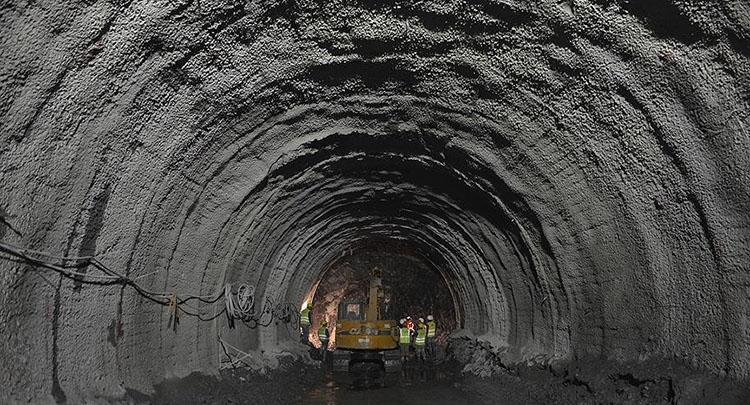 Mecidiyeköy-Mahmutbey metrosunda sona doğru